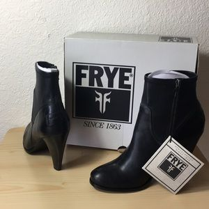 Authentic Frye Mikaela Stretch Short Booties.